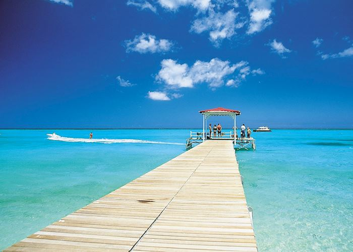 The sea is turquoise in Mauritius