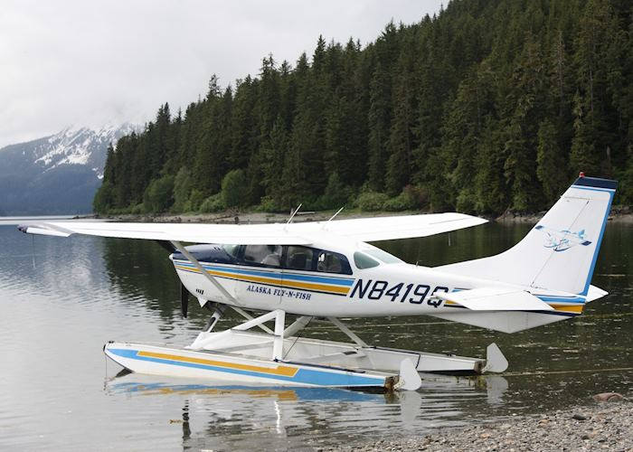 Floatplane at Admiralty Island