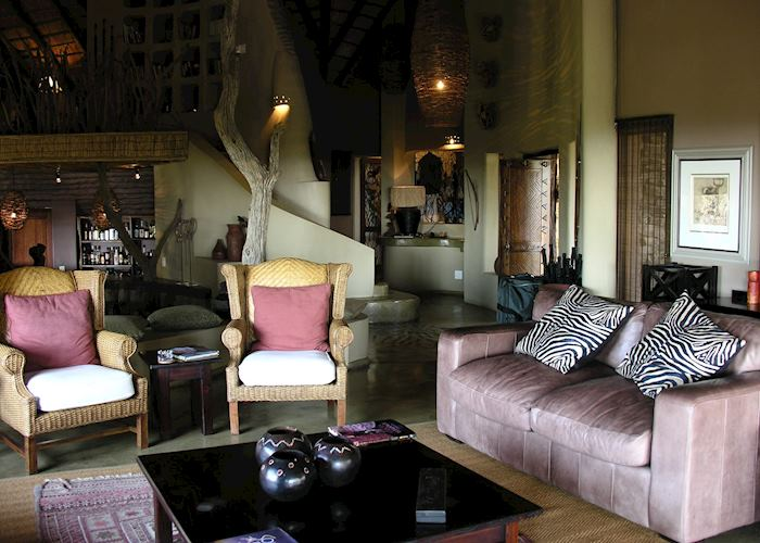 Lounge, Impodimo Game Lodge, Madikwe Game Reserve