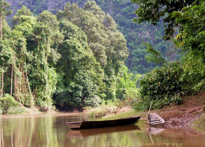 Nam Hin Boun, Laos
