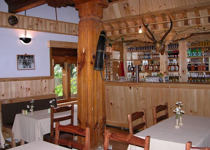 Restaurant and bar, Swiss Guest House, Jakar