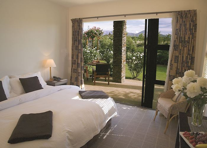 Guest room, Lime Tree Lodge, Wanaka
