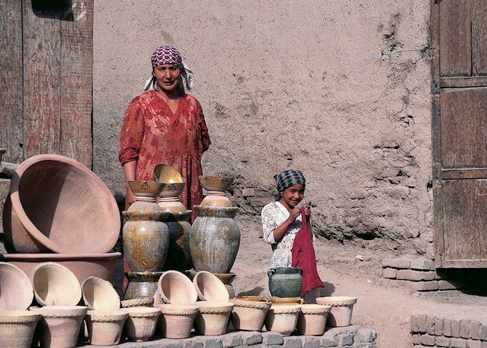 Uygur pottery stall, Kashgar