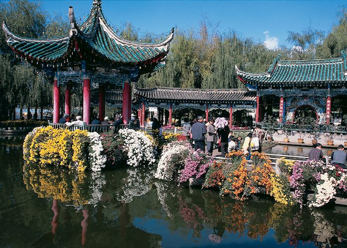 Lake and architecture, Kunming