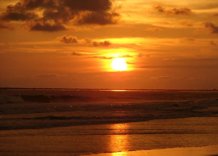 Sunset, Dominical