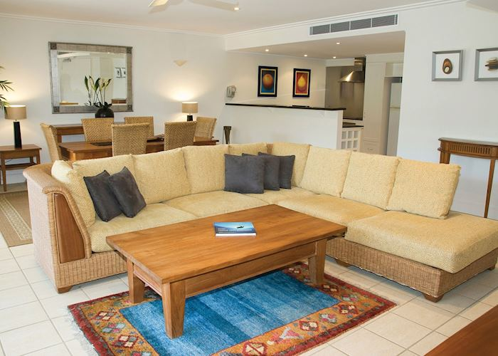 Living Area, The Mandalay and Shalimar Apartments, Port Douglas