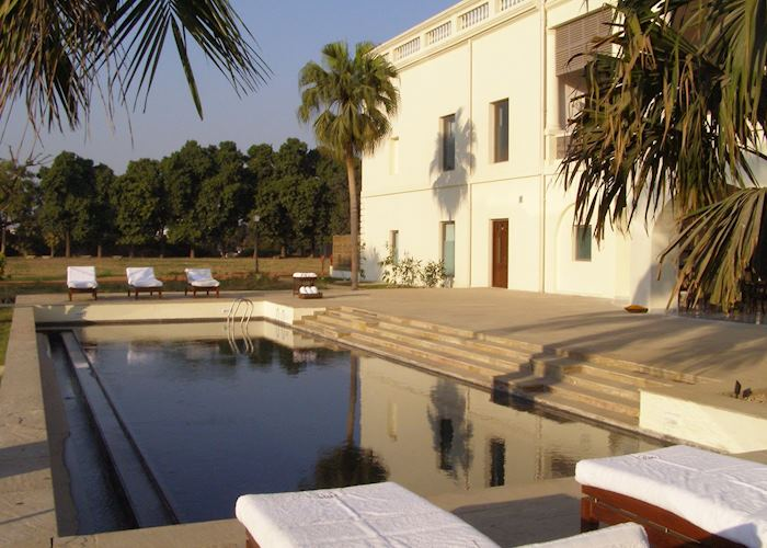 Pool at Nadesar Palace, Varanasi