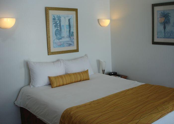 Ocean View Pool Deck Room, Mata Rocks Resort
