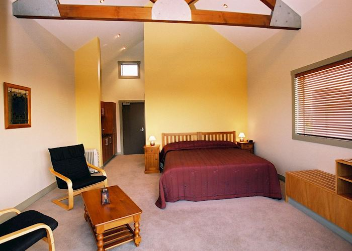 Gold room, Taranaki Country Lodge, Taranaki