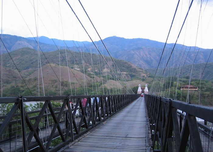 Suspension bridge over Rio Cauca, Santa Fe de Antioquia