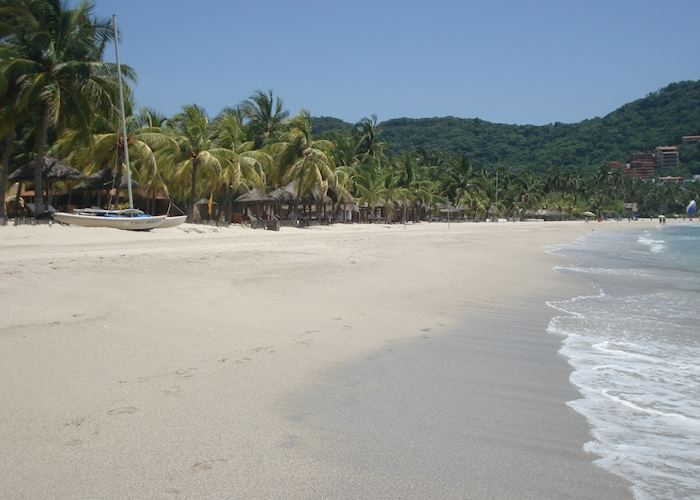 Playa Ropa, Zihuatanejo, Mexico
