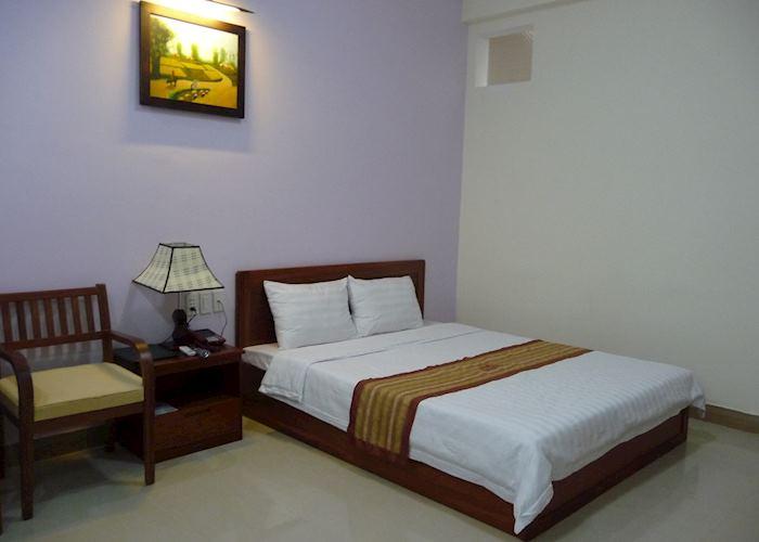Double Room, Hoang Van Hotel, Kon Tum