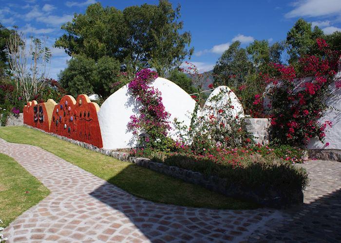 Gardens, Hosteria Pantavi