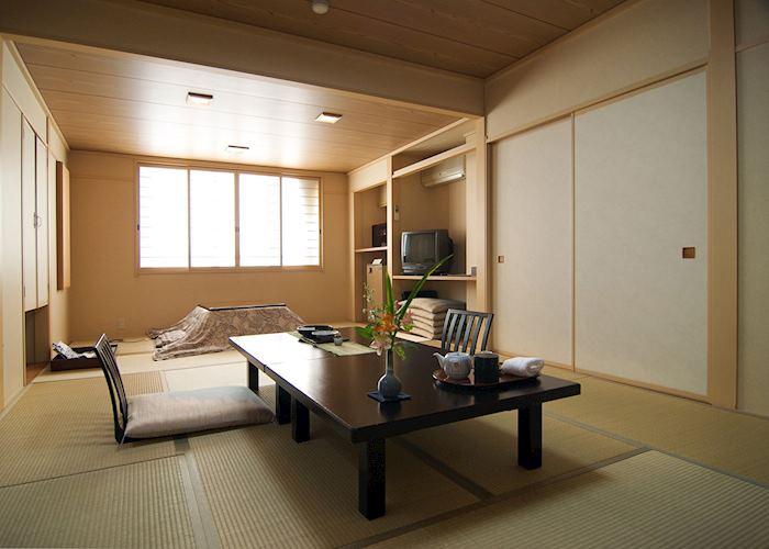 Japanese room, Hotel Tsubakino, Yudanaka