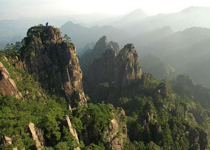 Rocky crags of Huangshan