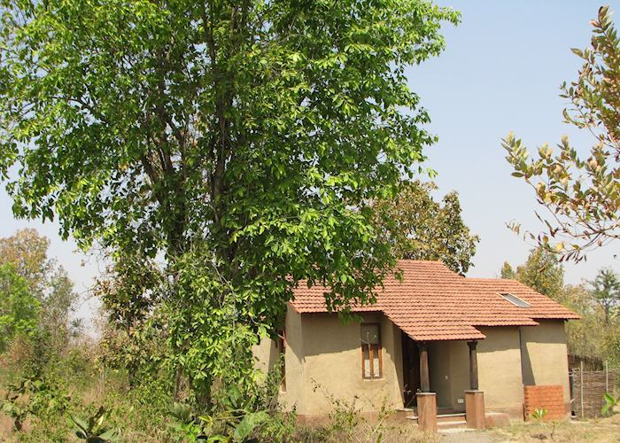 Air conditioned cottages at Forsyths Lodge, Satpura National Park