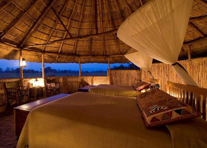 Reed & thatch chalets, Kuyenda Bushcamp, South Luangwa National Park