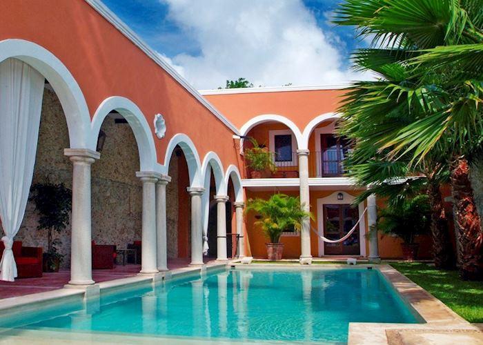Swimming pool, Hacienda Merida