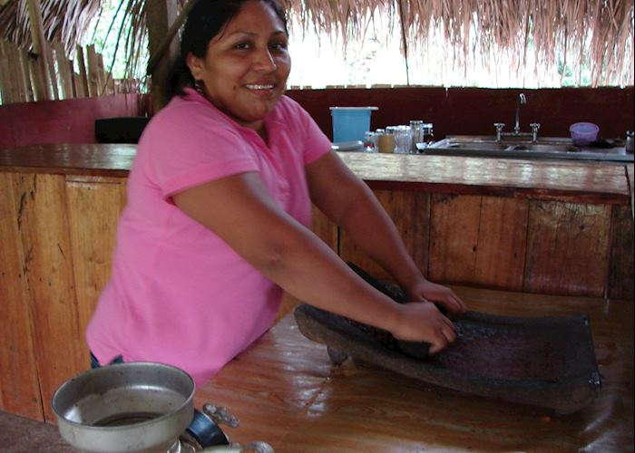 Grinding the cacao beans, Toledo