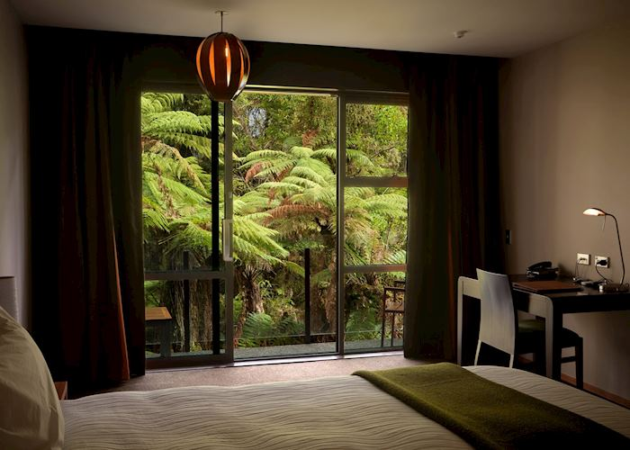 Deluxe room at Te Waonui Forest Retreat