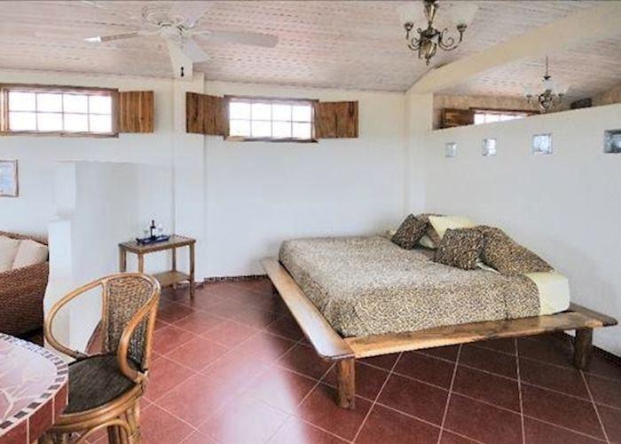 Flamingo Suite, Casa Iguana Mar Y Sol, Galapagos Islands