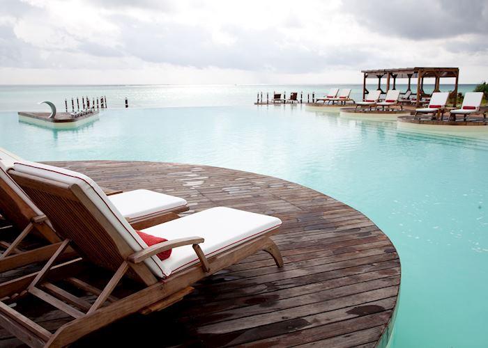 Essque Zalu, Zanzibar Island