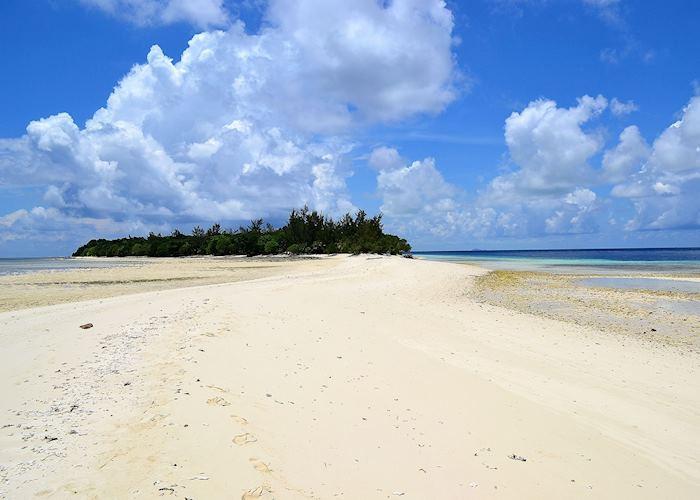 Mataking Island sand bar