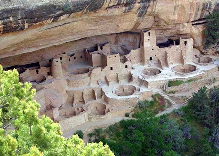 Ancestral Puebloan builldings in Mesa Verde National Park
