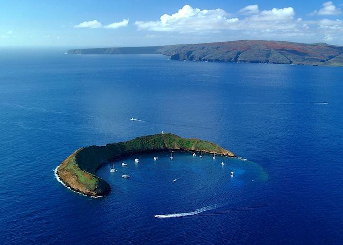 Molokini, Maui (Source: HTA / Ron Garnett)