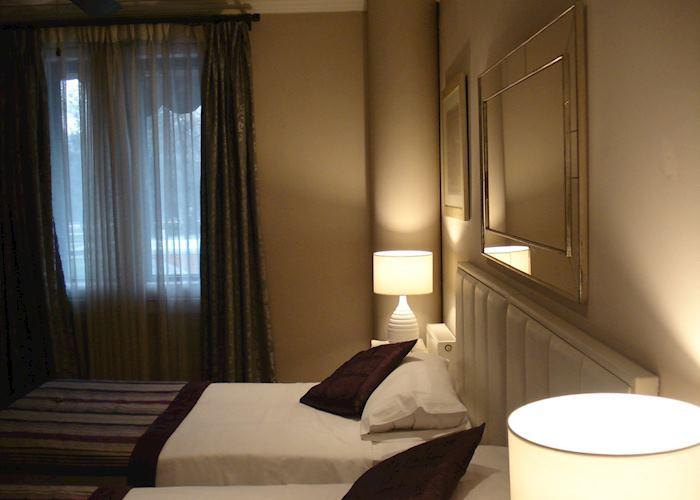 Standard (economic double), Hotel Mito, Santiago