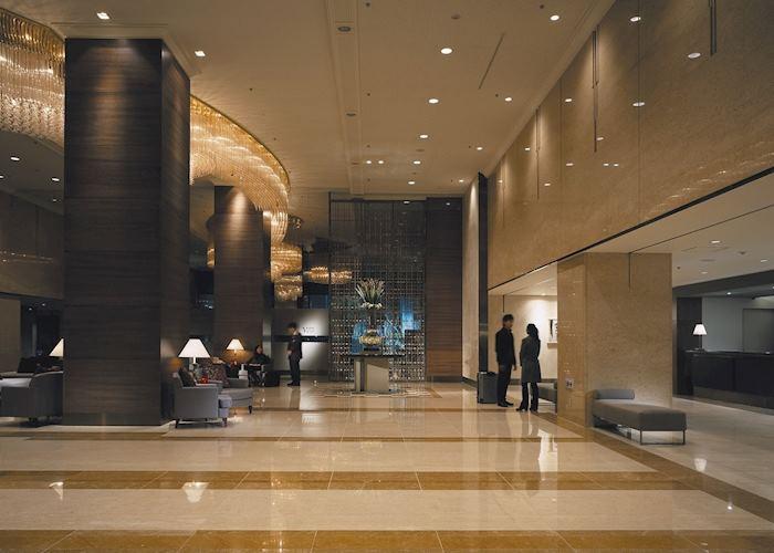 ANA Crowne Plaza Hotel, Reception area