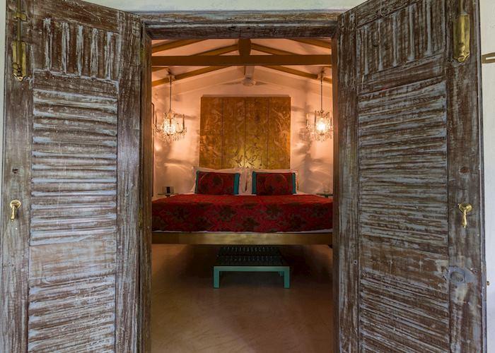 Pagoda Gold Room, Casa Heliconia