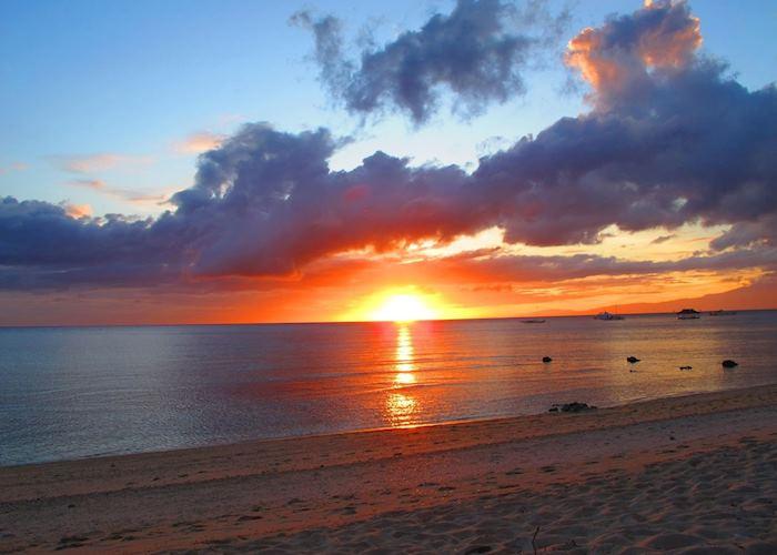 Sunset, Coco Grove Beach Resort, Siquijor