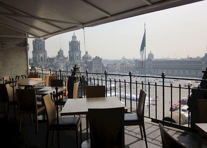 Restaurant overlooking the Zócalo, the Gran Hotel