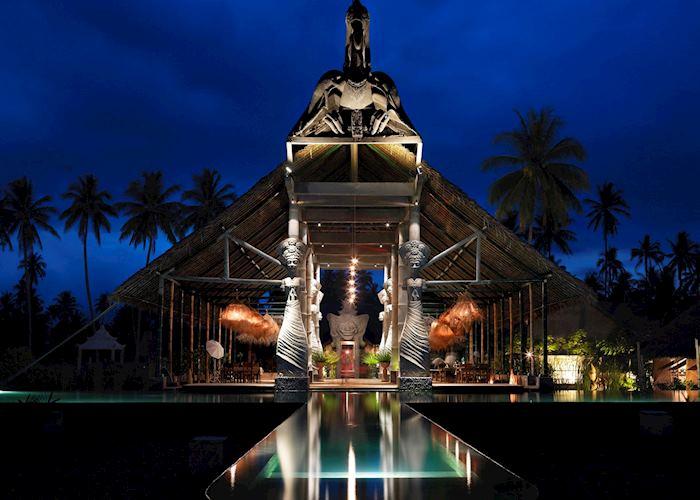 Tugu Lombok,Sire Beach