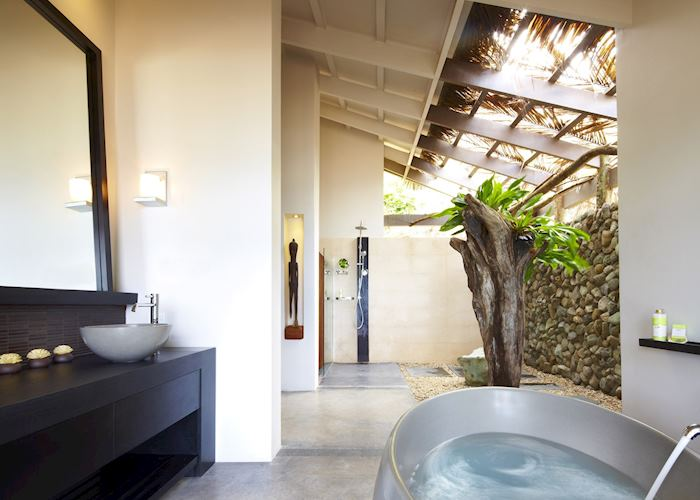 Bathroom, Tadrai Island Resort