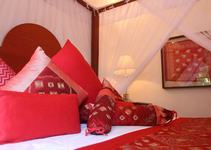 Beautiful colours, Deluxe Room, Kandy House