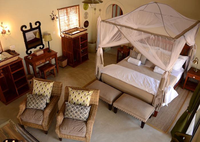 Forest Villa, Camelthorn Lodge, Hwange National Park