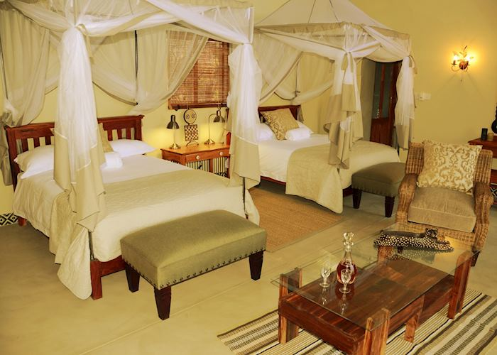 Twin Forest Villa, Camelthorn Lodge, Hwange National Park