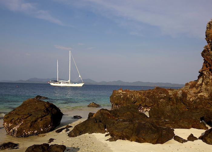 Meta IV yacht on the Mergui Archipelago