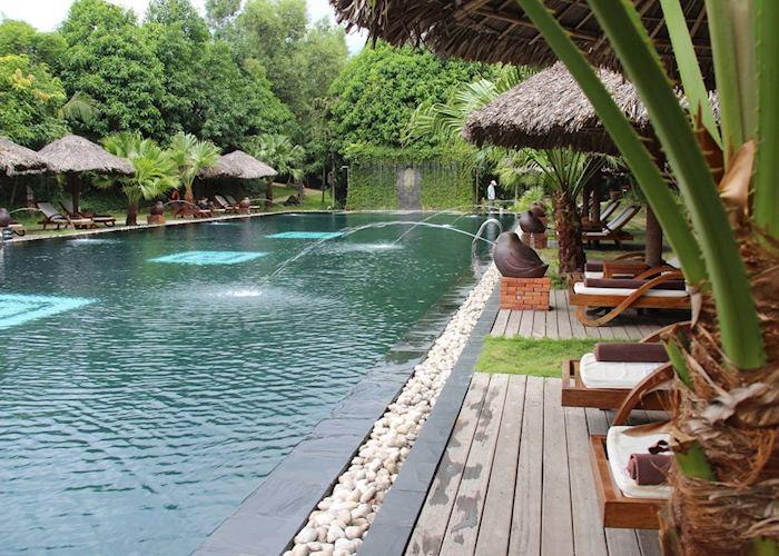 Pilgrimage Village Hotel, Hue