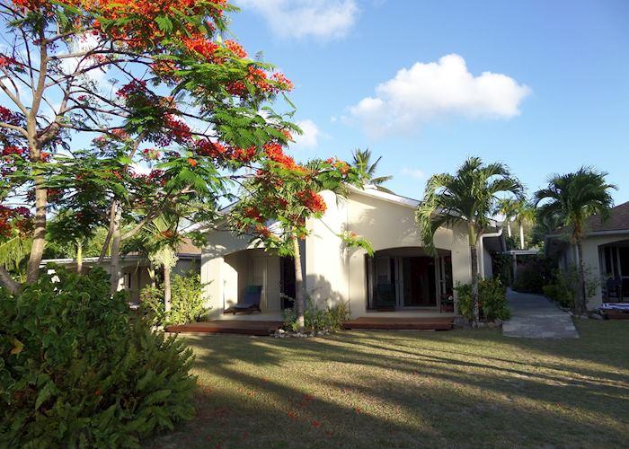 Sunset Resort Hotels In Rarotonga Audley Travel