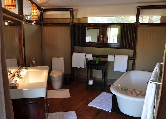 Bathroom, Anabezi Camp, Lower Zambezi National Park
