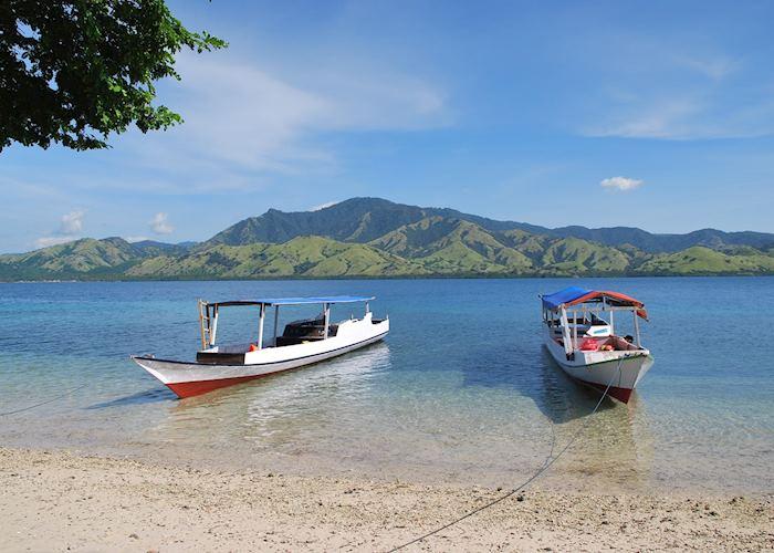 17 Islands Marine Park, Flores