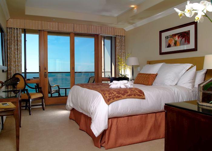 Ocean view suite bedroom, Dolphin Bay Resort & Spa