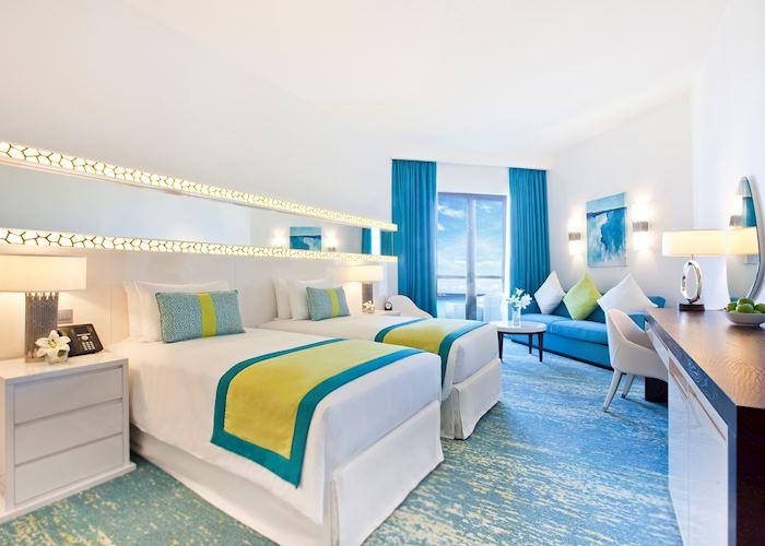 Superior Sea View Room, JA Ocean View Hotel, Dubai