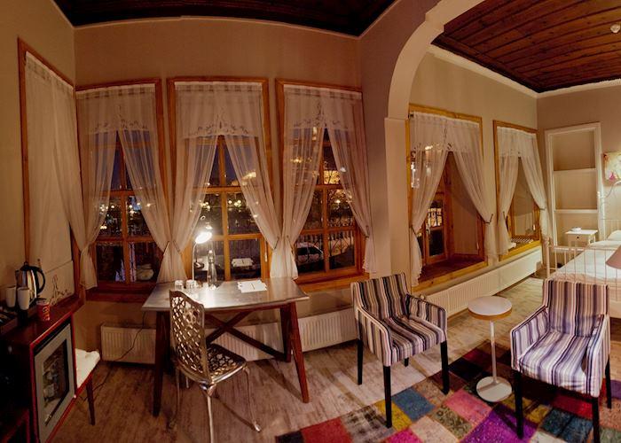 Hich Hotel, Konya
