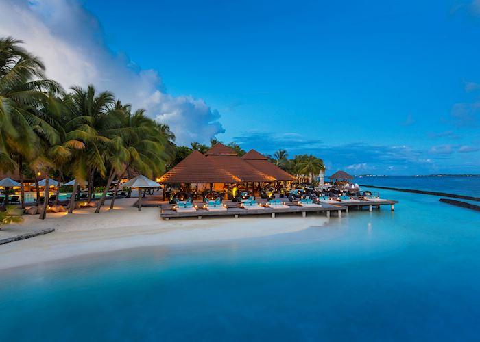 Kandu Bar, Kurumba, Maldive Island