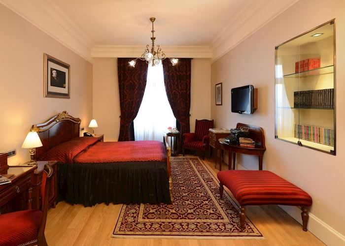 Pera Palace Hotel , Istanbul