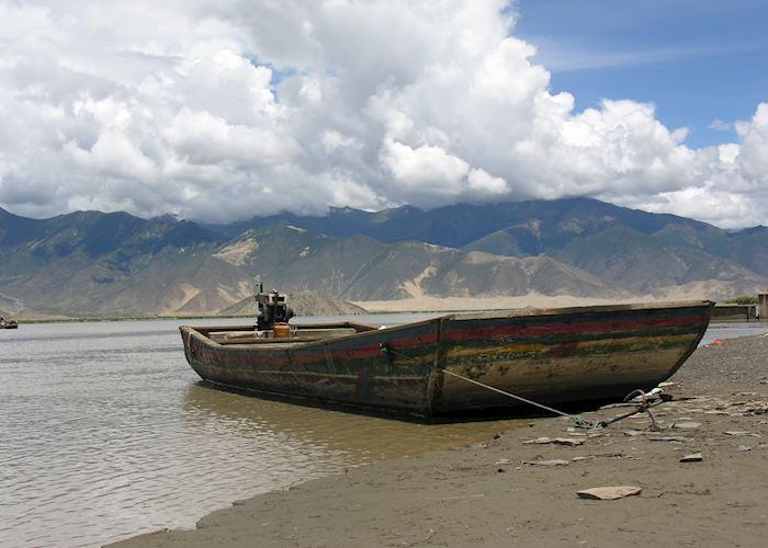 Samye ferry, Tsetang